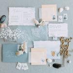 結婚式招待状を出す最適なタイミングとは?